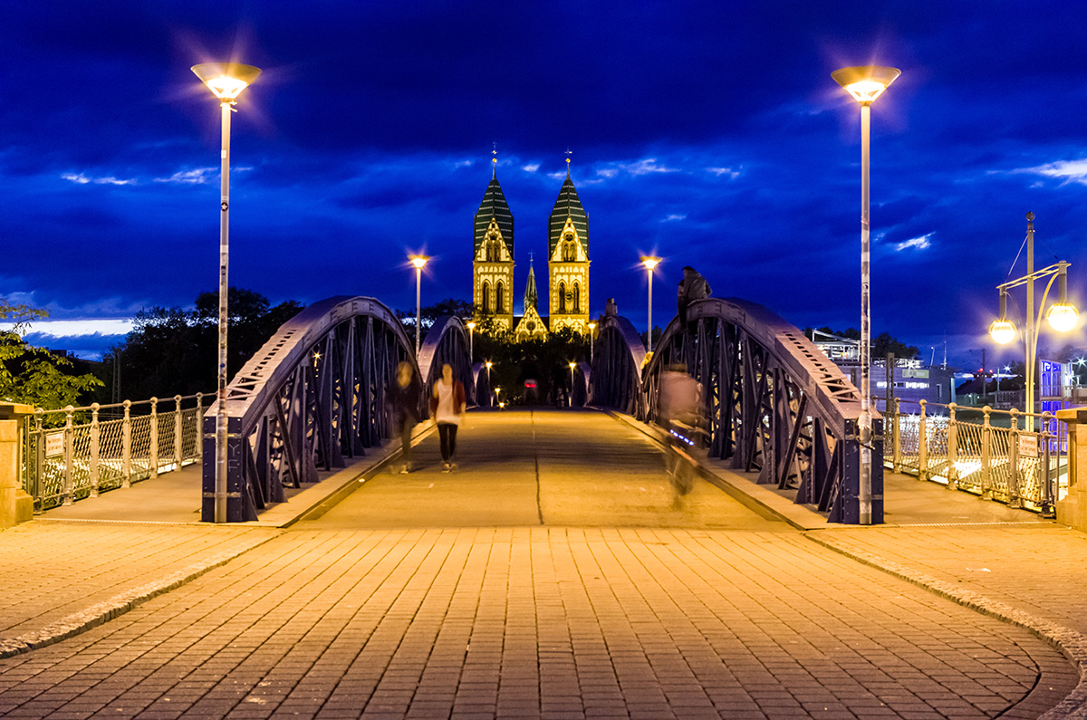 Wiwili-Fahrradbrücke-Freiburg