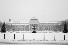 Wiesbadener Kurhaus im Schnee   Kurhaus Wiesbaden in the snow